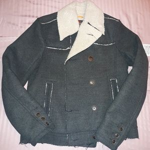Wool pea Coat with sheepskin collar and lining
